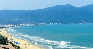 Bãi biển Mỹ Khê là địa điểm du lịch nổi tiếng của Đà Nẵng