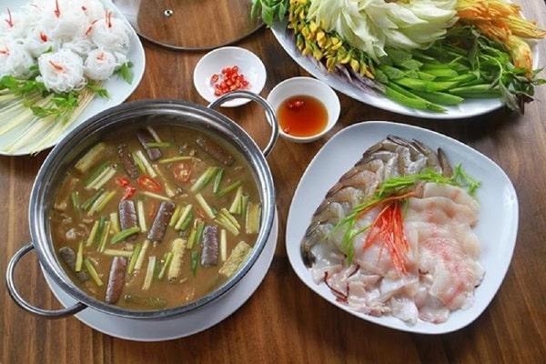 Lẩu mắm miền Tây - sự kết hợp của món ăn dân dã