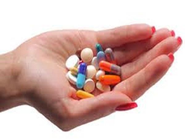 Con số may mắn trong xsmb khi mơ thấy uống thuốc