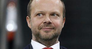 Bóng đá Anh sáng 24/3: Phó chủ tịch MU phản đối Liverpool nhận cúp vô địch sớm