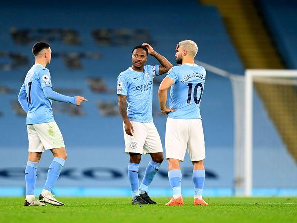 """Bóng đá Anh tối 23/10: Man City bức xúc vì Pepe """"suýt giết chết"""" Sterling"""
