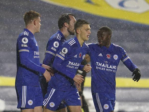 Bóng đá Anh tối 3/11: Vùi dập Leeds, Leicester đe dọa ngôi đầu của Liverpool