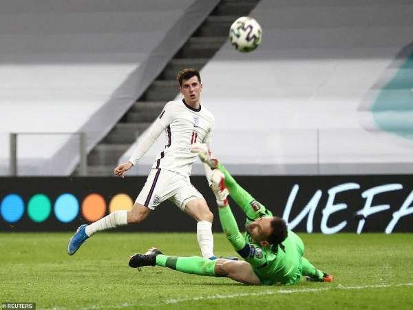 Tin bóng đá Anh 29/3: Kane rực sáng giúp Tam sư giữ vững ngôi đầu