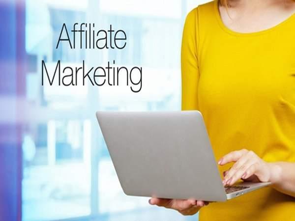 Cách kiếm tiền Affiliate Marketing theo lượng truy cập traffic