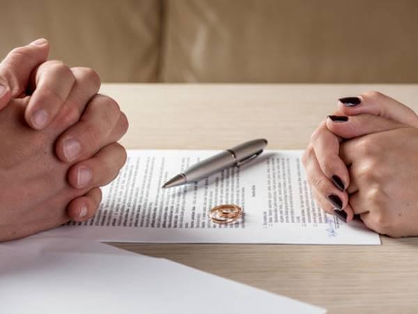 Mơ thấy ly hôn là điềm gì? Đánh bao nhiêu may mắn?